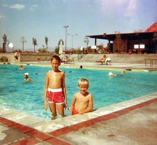 Old Orchard I Clubhouse Pool – Valencia, California